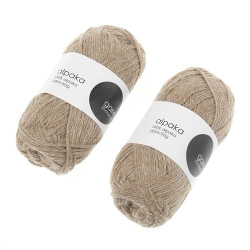 alpaca-garn-lysbrun