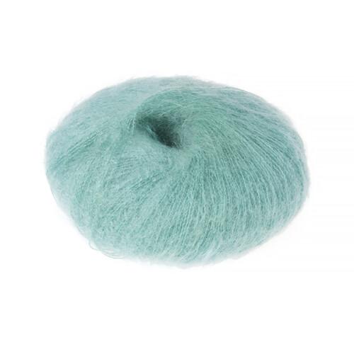 Superkid mohair garn aqua grøn er en lys blågrøn farve.