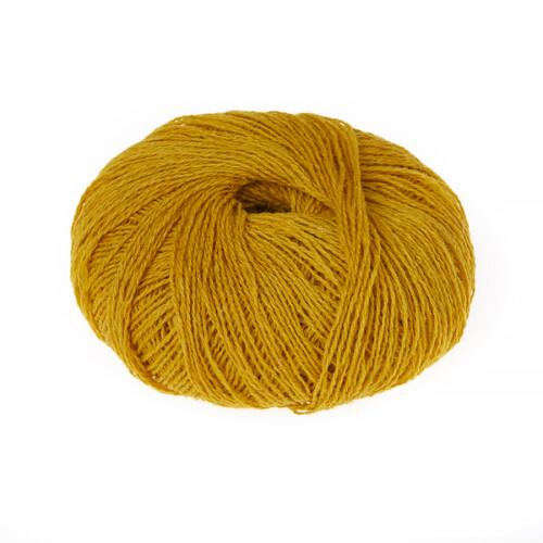 Supersoft garn old gold er en smuk gylden farve. 100% ren uld.